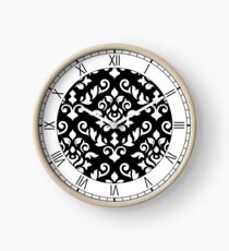 Damask Baroque Pattern White on Black Uhr