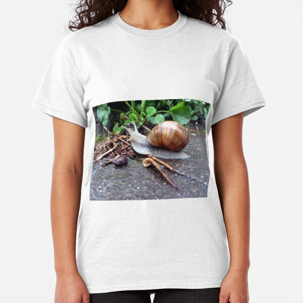 Weinberg-Schnecke Classic T-Shirt