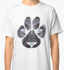 Lion Paw Print Face With Blue Eyes  Classic T-Shirt