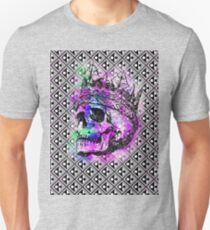 SKULL KING AND PATTERN Unisex T-Shirt