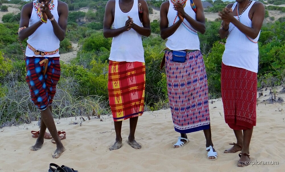Samburu tribesmen clapping by exploramum