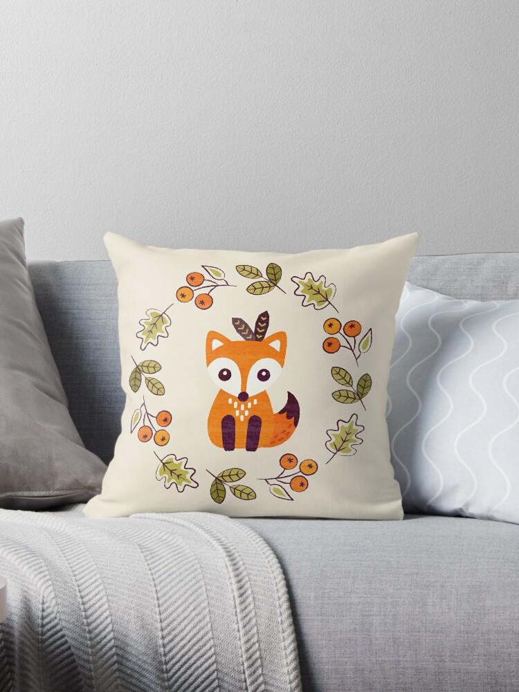 Kleiner Fuchs mit Herbstbeeren von daisy-beatrice