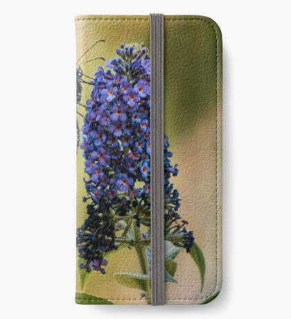 Monarch auf Schmetterlingsbusch iPhone Flip-Case