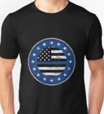Thin Blue Line Police USA Crest Star Badge Retro Unisex T-Shirt