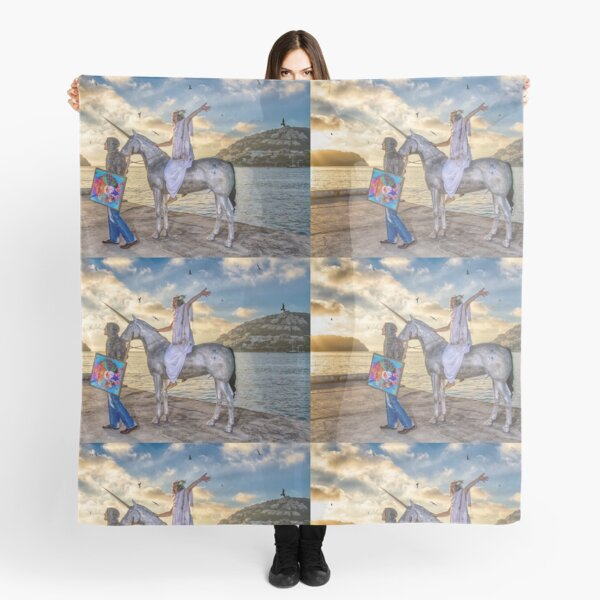 The triumphant return of Lady Art Scarf