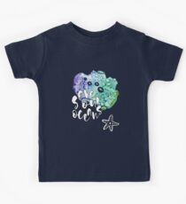 Save The Oceans, Calligraphy / Typography. Watercolor Illustration. Kinder T-Shirt