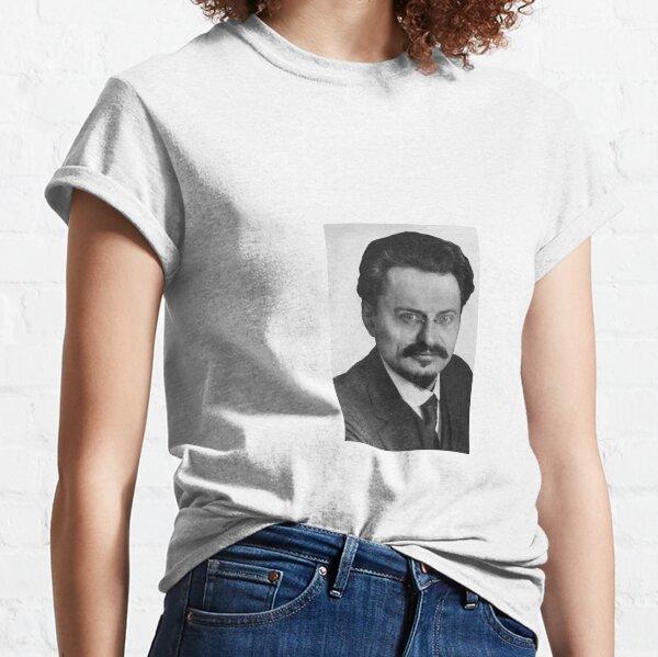 Political Poster, Leon Trotsky Лев #Троцкий Leo Dawidowitsch #Trotzki Lev Davidovich #Bronstein RSDLP Trotskyism #LeonTrotsky #ЛевТроцкий #LeoDawidowitschTrotzki #LevDavidovichBronstein #RSDLP #Trotskyism #Trotsky Classic T-Shirt