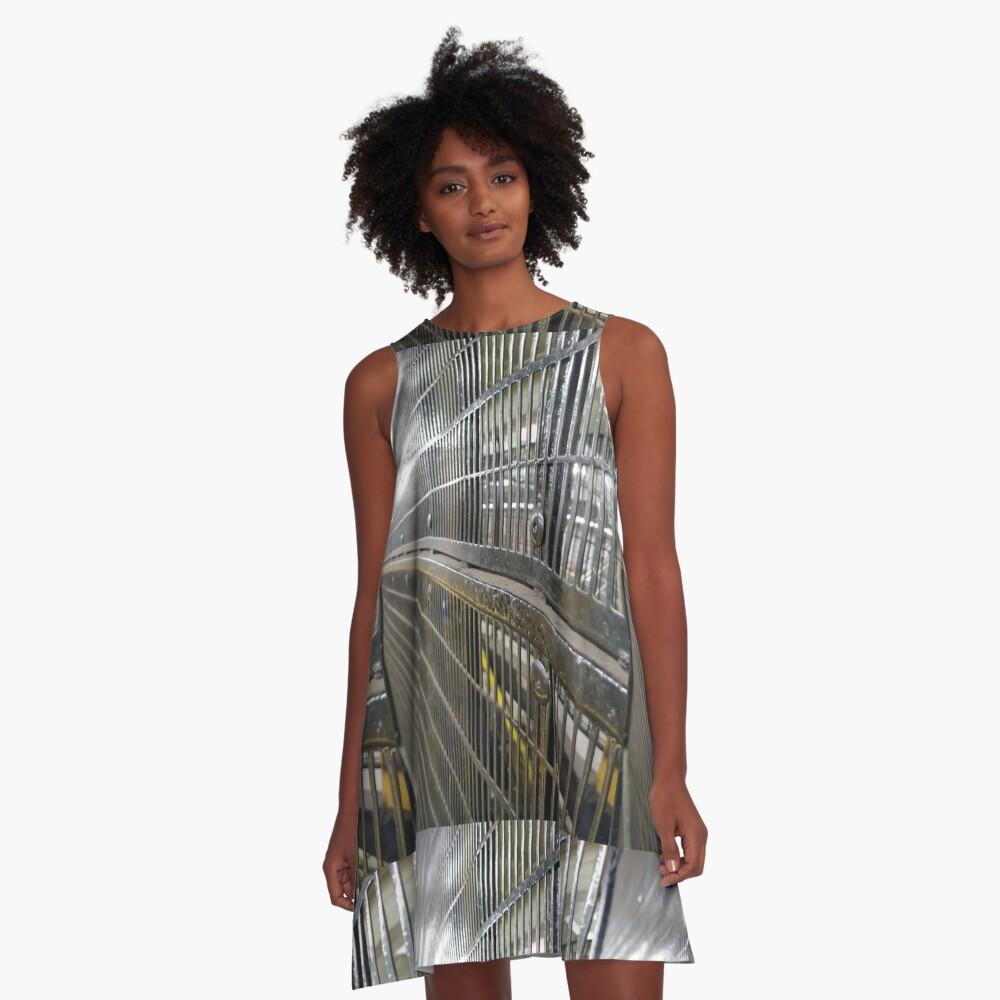 Käfig A-Linien Kleid