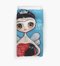 Kleine Augen des kleinen Kindes Frida Kahlo Meerjungfrau mit schwarzer Katze Bettbezug