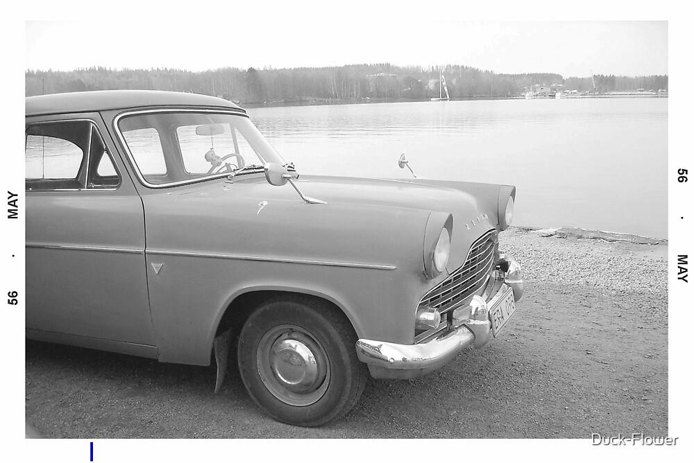 Ford Zephyr - black & white by Duck-Flower