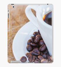 Coffee cup with coffee grains iPad Case/Skin