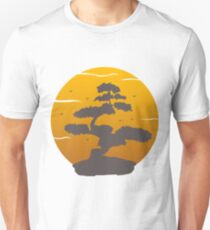 Bonsai Tree Japanese Calligraphy Circle Buddhist Zen Sunset Unisex T-Shirt