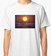 The closer the better Classic T-Shirt