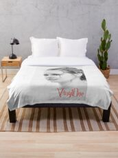Classic portrait by Blunder for Vinylone Throw Blanket