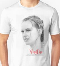 Classic portrait by Blunder for Vinylone Unisex T-Shirt