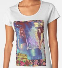 Witches, toads, roses and spells, oh my Premium Scoop T-Shirt