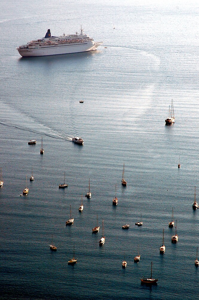Liner and Yachts by Frank Donnoli