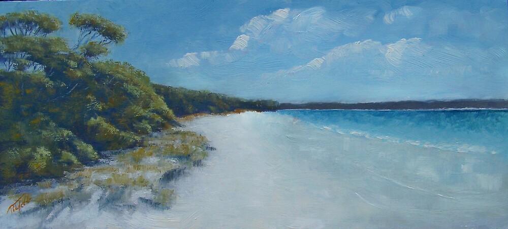 Iluka Beach by peter tebb