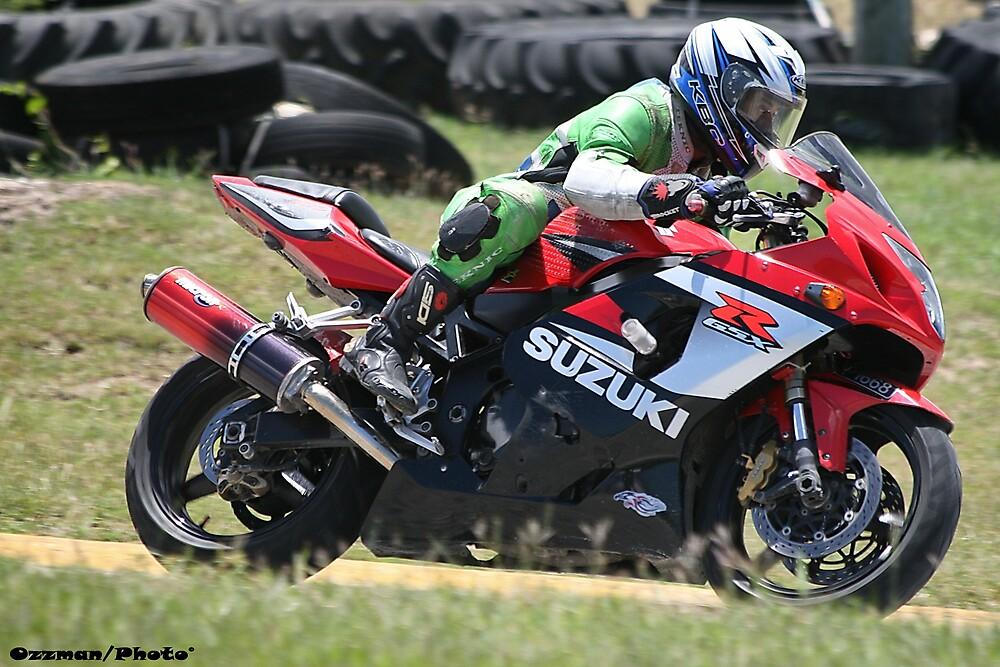 Suzuki GSX  by OzzyTheWizard
