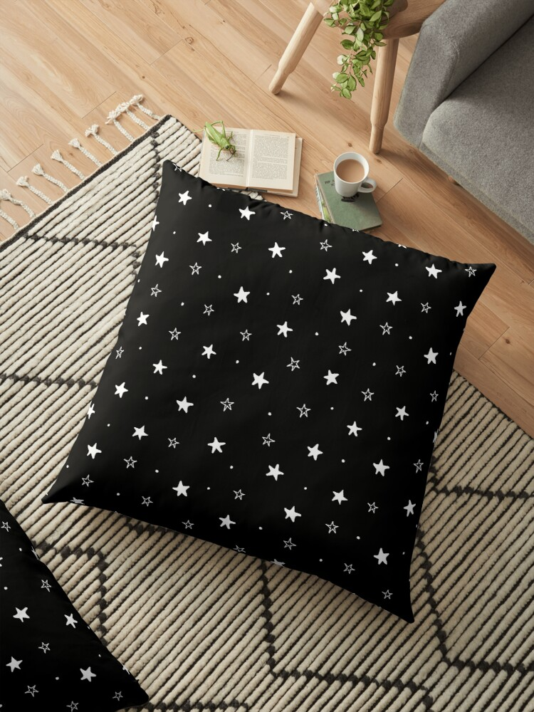 Doodle stars - black by soyon