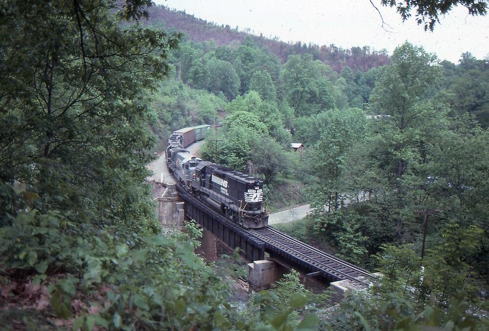 GP50 at Mill Creek Bridge May, 1989 by GMooneyhan