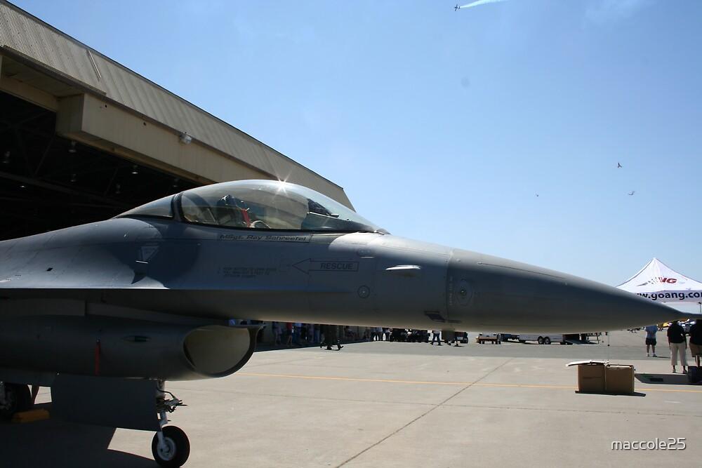 F-16 by maccole25