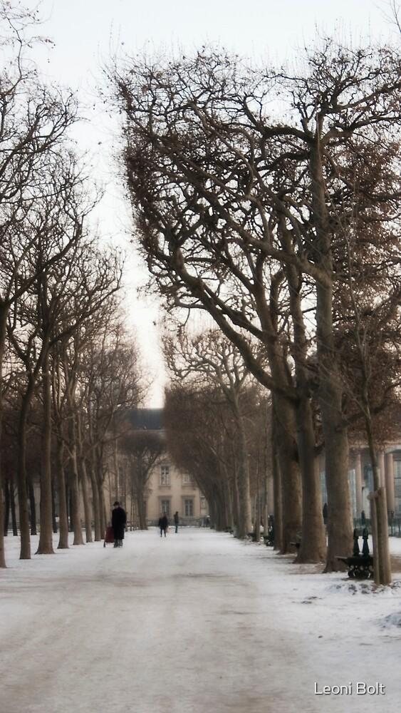 Strolling Palais Royal by Leoni Bolt
