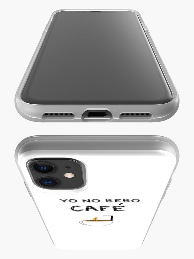 Vista alternativa de Funda y vinilo para iPhone YO NO BEBO CAFÉ ME BAÑO EN ÉL