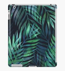 Dark green palms leaves pattern iPad Case/Skin