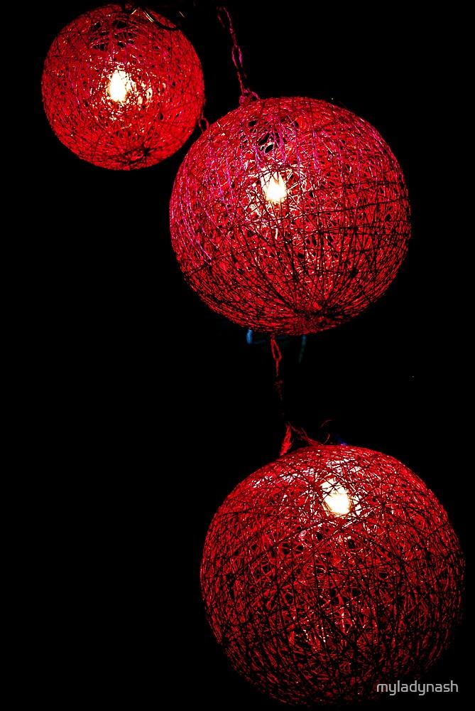 Lantern by myladynash