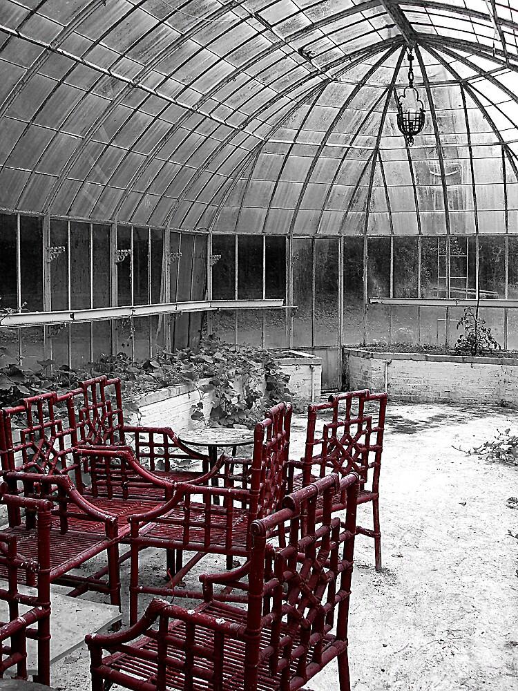 Greenhouse in red. Château de Boursault, France by rockko