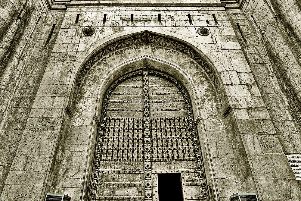 Shaniwar Wada - The Gate by Prasad
