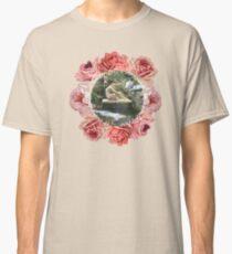 La vie est un sommeil, l'amour en est le rêve Classic T-Shirt