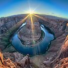 horseshoe bend arizona by ALEX GRICHENKO