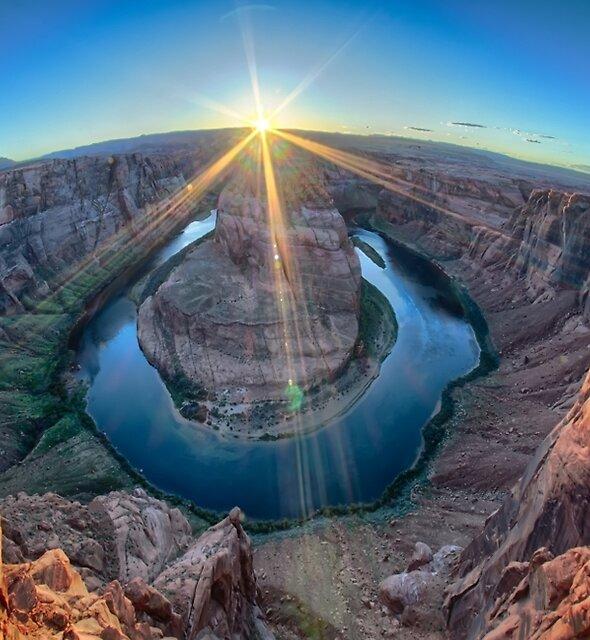 horseshoe bend arizona by ALEX GRICHENKO