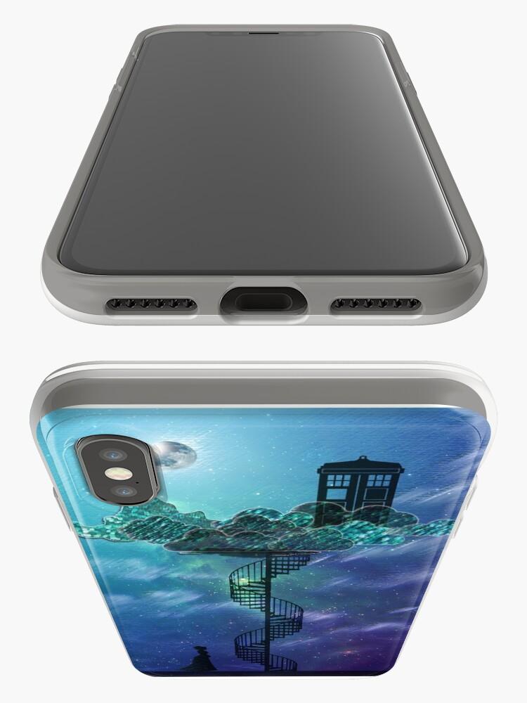 Vista alternativa de Funda y vinilo para iPhone Caja azul en el cielo victoriano
