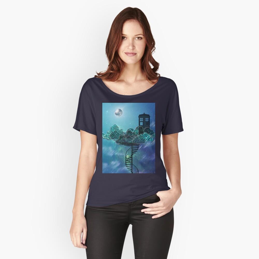 Caja azul en el cielo victoriano Camiseta ancha