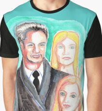Mulder and Scully are photobombed by a Pleiadian Alien Graphic T-Shirt