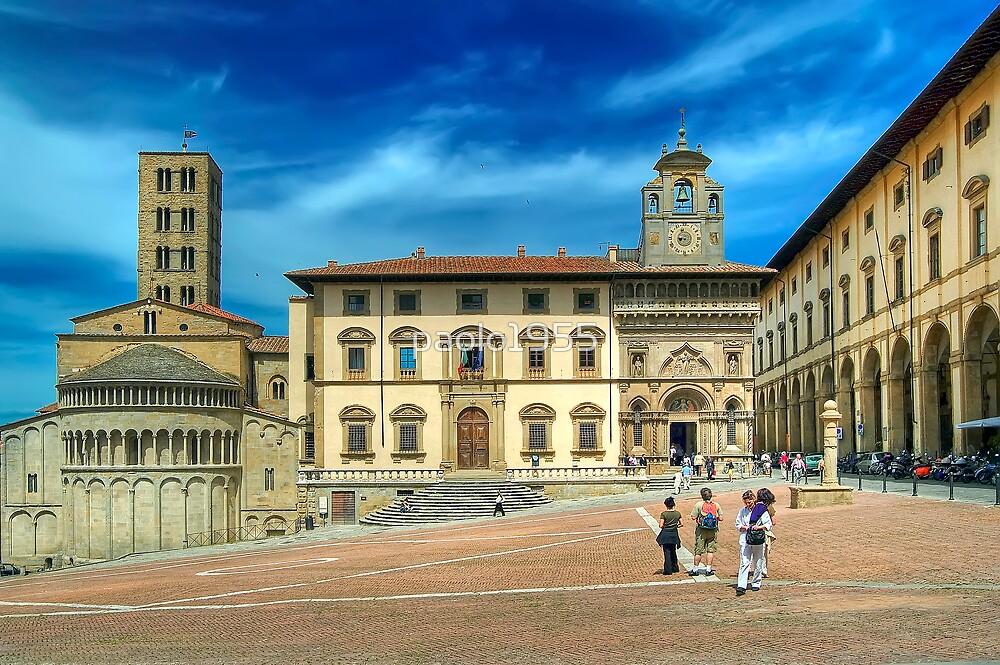 Arezzo - Piazza Grande and Santa Maria della Pieve Church by paolo1955