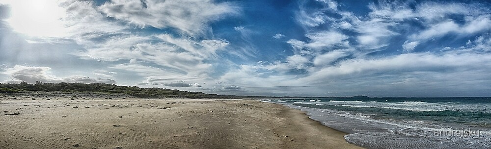Windang beach by andreisky