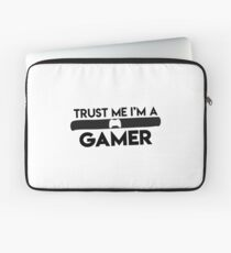 "funny ""trust me i´m a gamer"" Design for Shirt und more Laptop Sleeve"