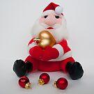 Grumpy Santa Claus by Thaichi