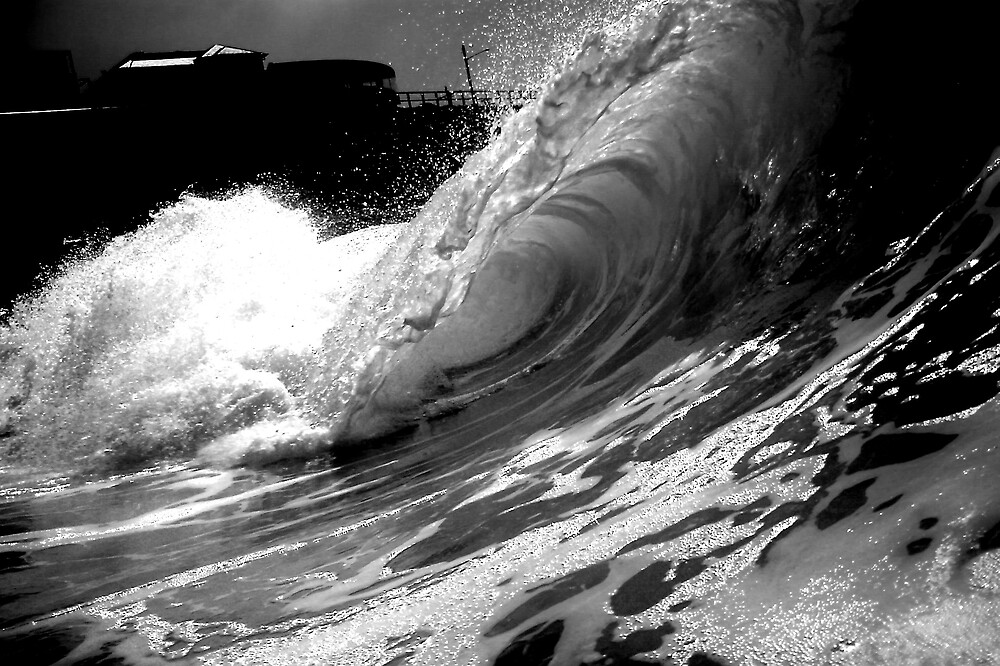 b/w wave by mark14