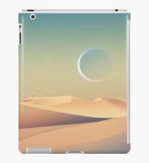 Mond über der Wüste iPad-Hülle & Skin