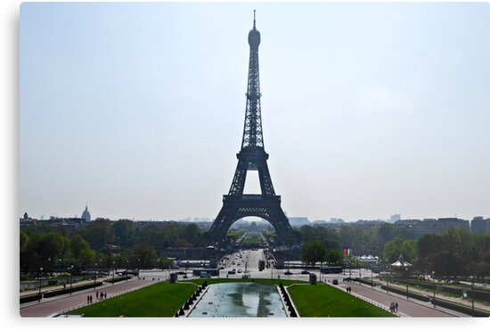 Eiffel Tower by DavidAlonso