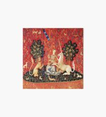 LADY AND UNICORN, SIGHT Red Green Fantasy Blumen, Tiere Galeriedruck