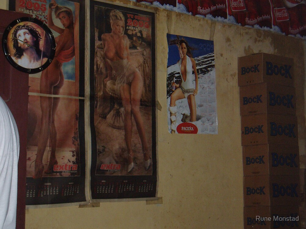 3 lady, beer and Jesus. by Rune Monstad