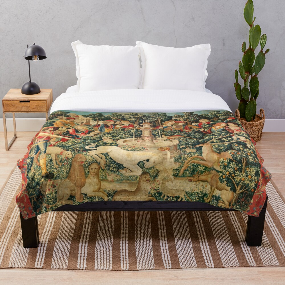 UNICORN IS FOUND / Fountain,Other Animals,Green Floral Throw Blanket