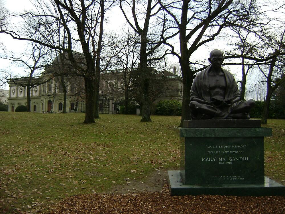 Mahatma Ghandhi et Museum Ariana  by monsieurlazaro