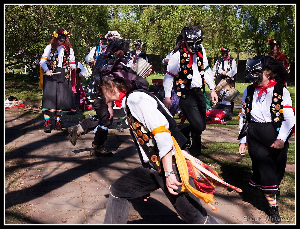 Black Dog Molly morris dancers by Shaun Whiteman